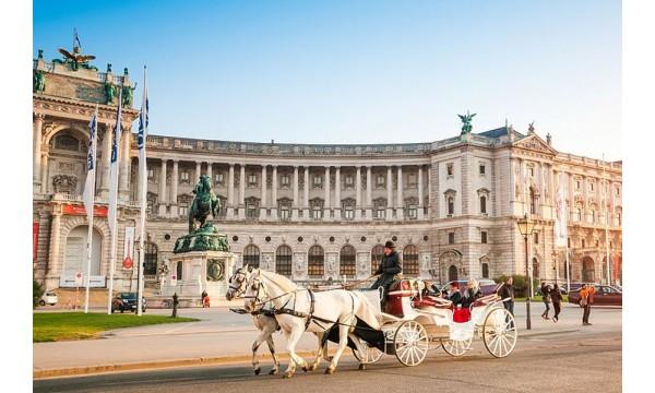Viena, Praha ( 4-ių dienų kelionė )